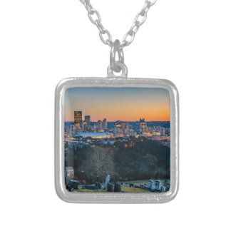 Colar Banhado A Prata Skyline de Pittsburgh no por do sol