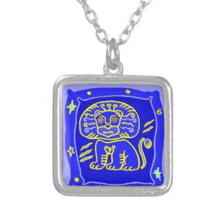 Colar Banhado A Prata Sternzeichen leão como aderentes