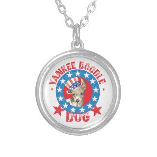 Colar Banhado A Prata Terrier calvo americano patriótico