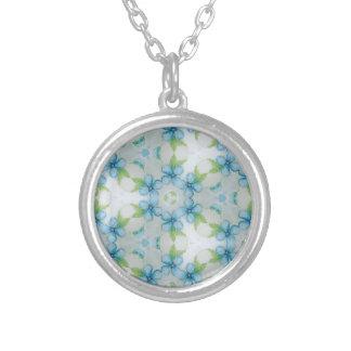 Colar Banhado A Prata teste padrão azul do amor perfeito da flor
