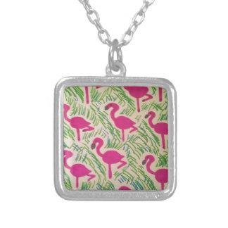 Colar Banhado A Prata Teste padrão tropical dos flamingos cor-de-rosa