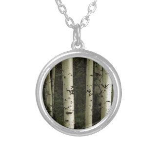 Colar Banhado A Prata Textura de um retrato da floresta