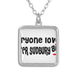 Colar Banhado A Prata Todos ama uma menina maior de Sudbury