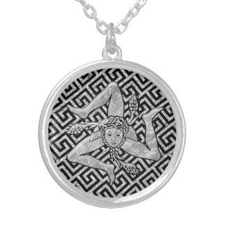 Colar Banhado A Prata Trinacria siciliano na prata