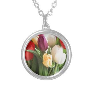 Colar Banhado A Prata tulipa