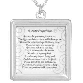 Colar Banhado A Prata Uma oração militar de Wifes