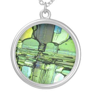 Colar Banhado A Prata Verde de vidro quebrado do pendente da arte da