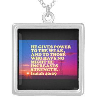Colar Banhado A Prata Verso da bíblia do 40:29 de Isaiah.