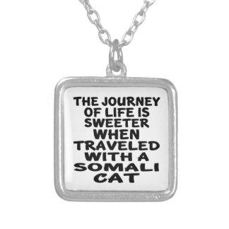 Colar Banhado A Prata Viajado com gato somaliano