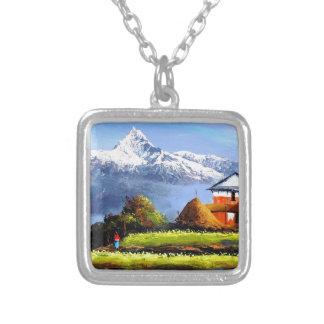 Colar Banhado A Prata Vista panorâmica da montanha bonita de Everest