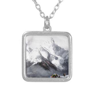 Colar Banhado A Prata Vista panorâmica da montanha de Everest
