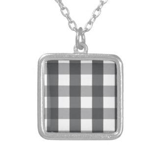 Colar Banhado A Prata Xadrez preta & branca