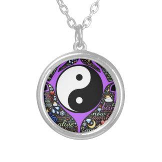 Colar Banhado A Prata Yin, Yang