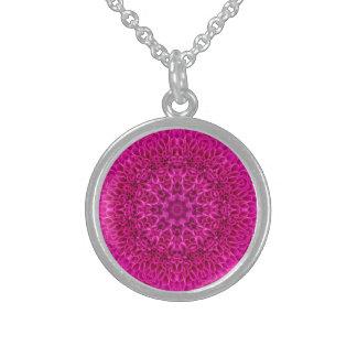 Colar cor-de-rosa da prata    esterlina do vintage