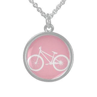 Colar cor-de-rosa e branca da bicicleta do vintage