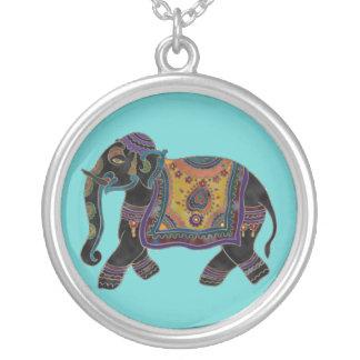 Colar da arte do elefante indiano