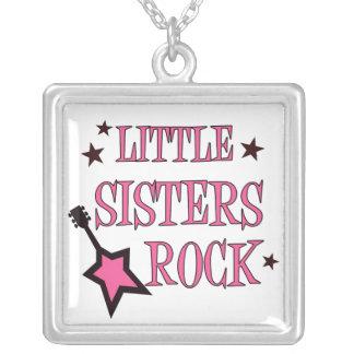 Colar da rocha das irmãs mais nova