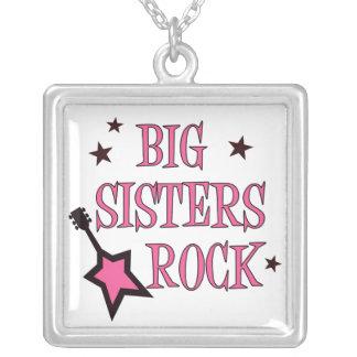 Colar da rocha das irmãs mais velha