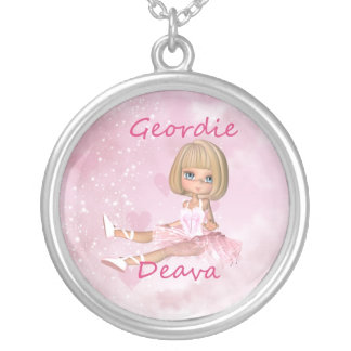 Colar de prata de Geordie Deva - dançarino de balé