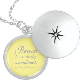 Colar De Prata Esterlina A paz é um compromisso diário