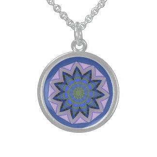 Colar De Prata Esterlina Design floral azul bonito do teste padrão