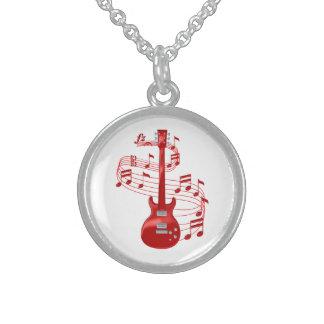 Colar De Prata Esterlina Guitarra elétrica vermelha com notas da música