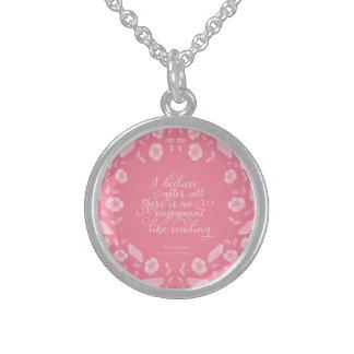 Colar De Prata Esterlina Orgulho de Jane Austen & citações Bookish florais
