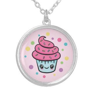 Colar do cupcake do feliz aniversario