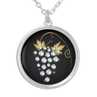 Colar do design do cristal de rocha das uvas do