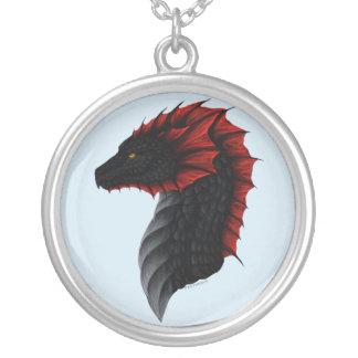 Colar do perfil do dragão de Alavon