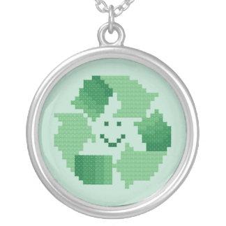 Colar do símbolo do reciclar