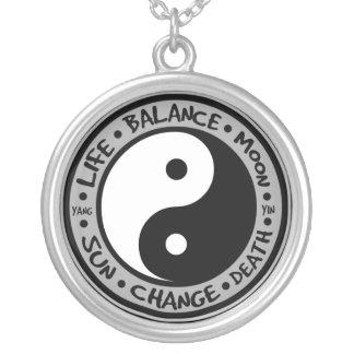 Colar dos significados de Yin & de Yang