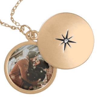 Colar Medalhão A foto do casal personalizado