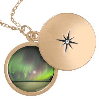 Colar Medalhão Aurora majestosa
