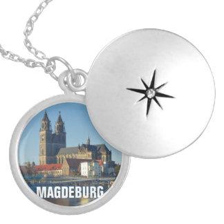 Colar Medalhão Catedral de Magdeburgo 03.2.T