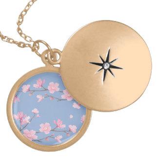 Colar Medalhão Flor de cerejeira - azul da serenidade