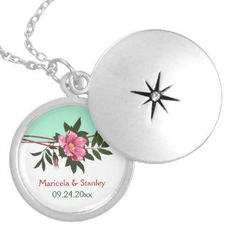 Colar Medalhão Lembrança floral do verde da hortelã do casamento