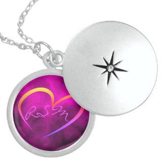 Colar Medalhão Locket de prata monogrammed