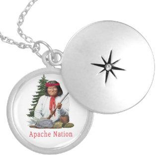 Colar Medalhão Nação de Apache