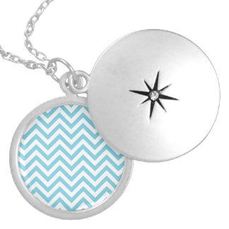 Colar Medalhão O ziguezague azul e branco listra o teste padrão