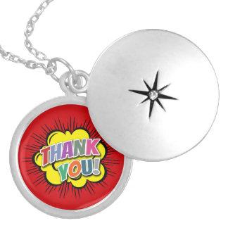 Colar Medalhão Obrigado
