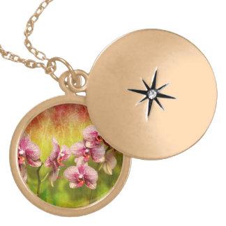 Colar Medalhão Orquídea - Phalaenopsis - simplesmente um prazer