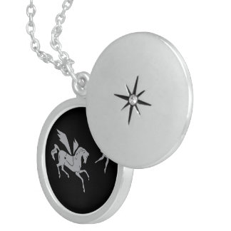 Colar Medalhão Pegasus e a bailarina