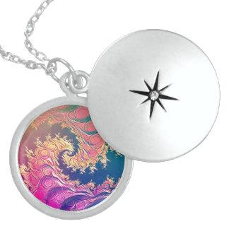 Colar Medalhão Tentáculos do polvo do arco-íris em uma espiral do