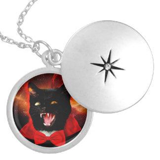 Colar Medalhão vampiro do gato - gato preto - gatos engraçados