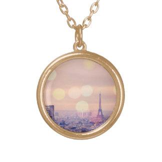 Colar sonhadora de Bokeh da torre Eiffel do