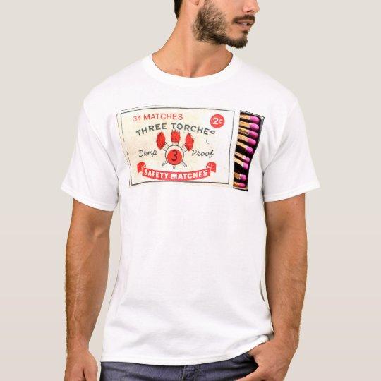 """Coleção """"Safety Matches"""" - Three Torches Camiseta"""