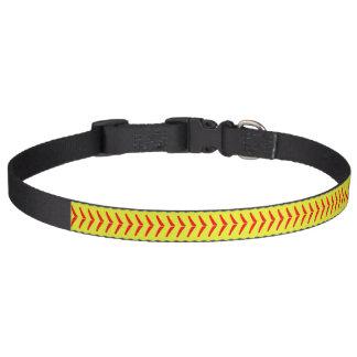 Coleira de cão amarela ótica bonito do softball de