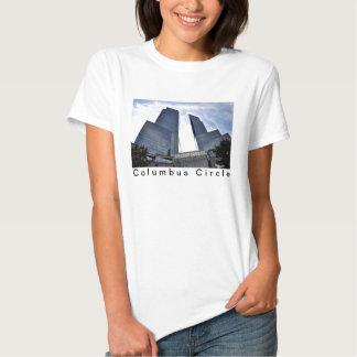 Columbo eleva-se Central Park para o sul T-shirts