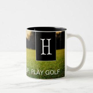 Coma, durma, jogue a caneca de café do golfe